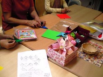 100526折り紙教室.jpg