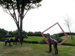 大分市美術館3.JPG